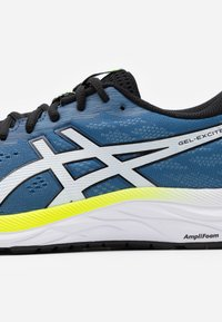 ASICS - GEL-EXCITE 7 - Neutral running shoes - grand shark/black - 5