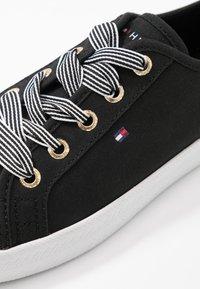 Tommy Hilfiger - ESSENTIAL NAUTICAL SNEAKER - Sneakers laag - black - 2