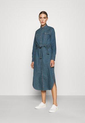 DERREK LONG SLEEVE CASUAL DRESS - Denim dress - desert sky wash