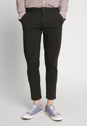 PANTS DAVE BARRO - Kalhoty - black