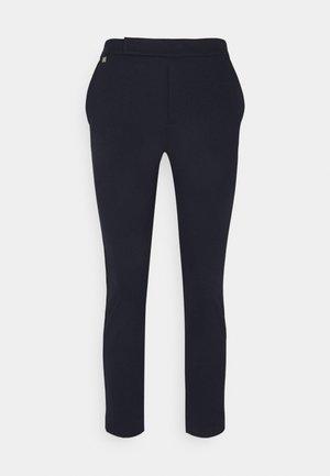 ADOM STRAIGHT PANT - Kalhoty - navy