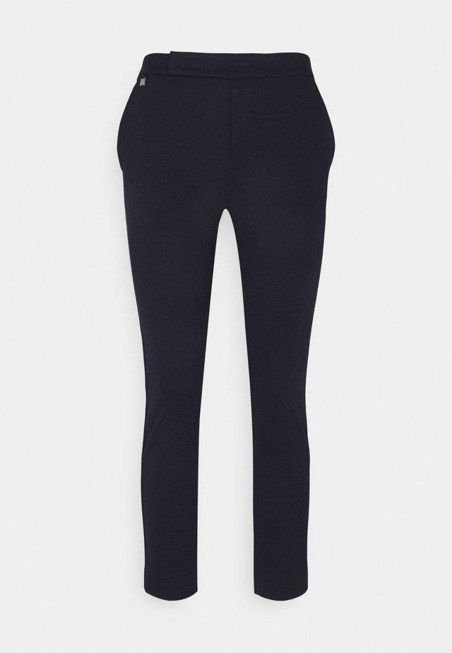 ADOM STRAIGHT PANT - Pantaloni - navy