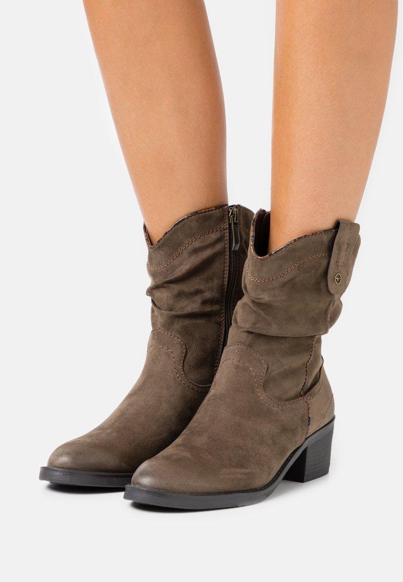 Tamaris - BOOTS - Cowboy/biker ankle boot - olive