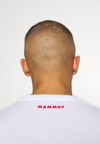 Mammut - LOGO MEN - T-shirt med print - bright white - 4