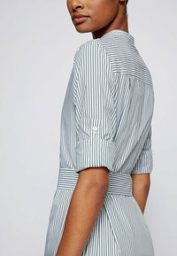 BOSS - DEFELIZE - Robe chemise - light green - 4