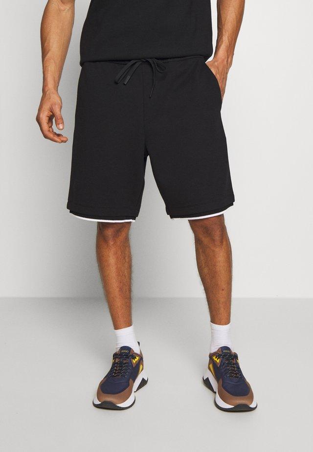 RACER RANDY - Shorts - black