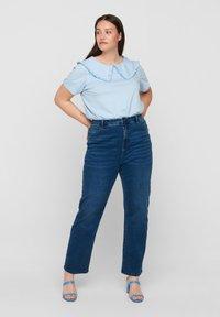Zizzi - Print T-shirt - light blue - 1