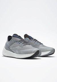 Reebok - FLOATRIDE ENERGY SYMMETROS SHOES - Stabilty running shoes - grey - 5