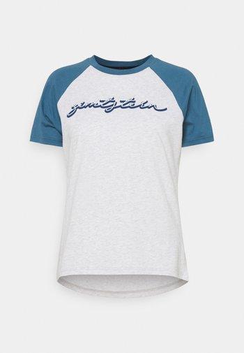 SWEETZ TEE - Print T-shirt - glacier grey melange/blue steel