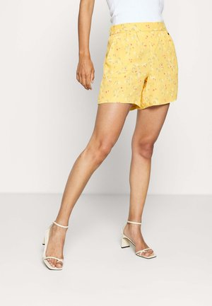 Shorts - lime