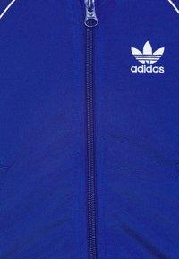 adidas Originals - SLICE TREFOIL CREW ADICOLOR ORIGINALS PULLOVER - Sportovní bunda - royblu/white - 3