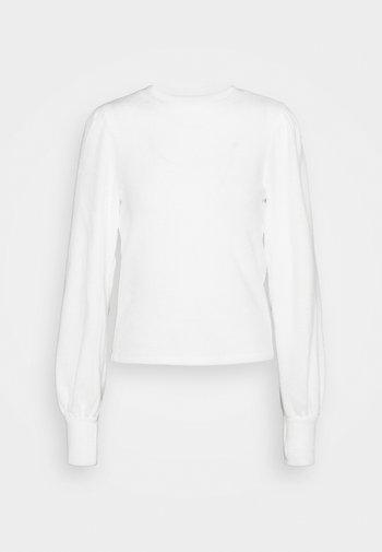 ASLI - Strikkegenser - warm white