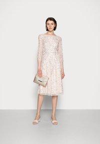 Adrianna Papell - BEADED DRESS - Cocktail dress / Party dress - light pink - 1