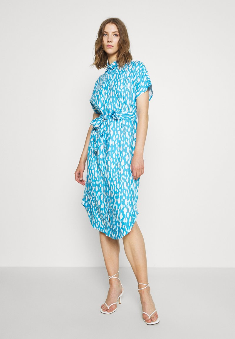 Monki - LEXI SHIRTDRESS - Skjortekjole - blue bright
