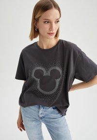 DeFacto - OVERSIZED - Print T-shirt - anthracite - 3