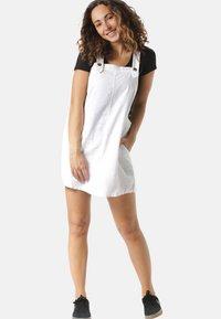 Rusty - Korte jurk - white - 0