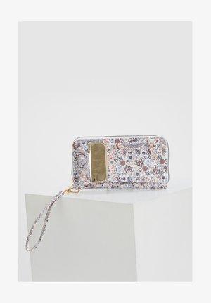 Wallet - karma