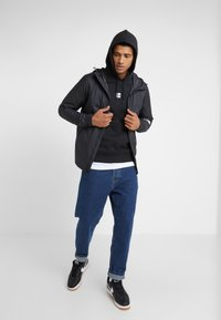 The North Face - GRAPHIC HOOD - Sweat à capuche - black - 1
