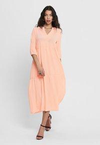 ONLY - Robe d'été - tropical peach - 0