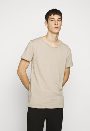 KENDRICK - Jednoduché triko - braun