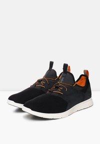 Timberland - KILLINGTON - Sneakers basse - black - 1