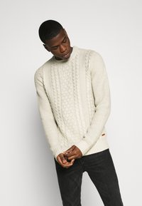Jack & Jones - JJKIM CREW NECK - Jumper - cloud dancer - 0