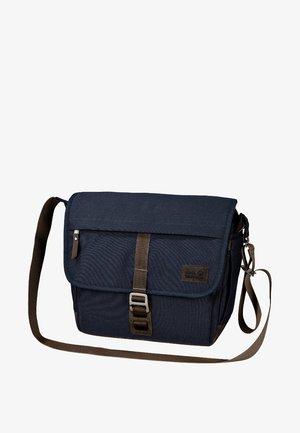 CAMDEN TOWN 12L - Across body bag - dark blue