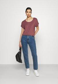 ONLY - ONLMOSTER ONECK - T-shirt basic - rose brown - 1