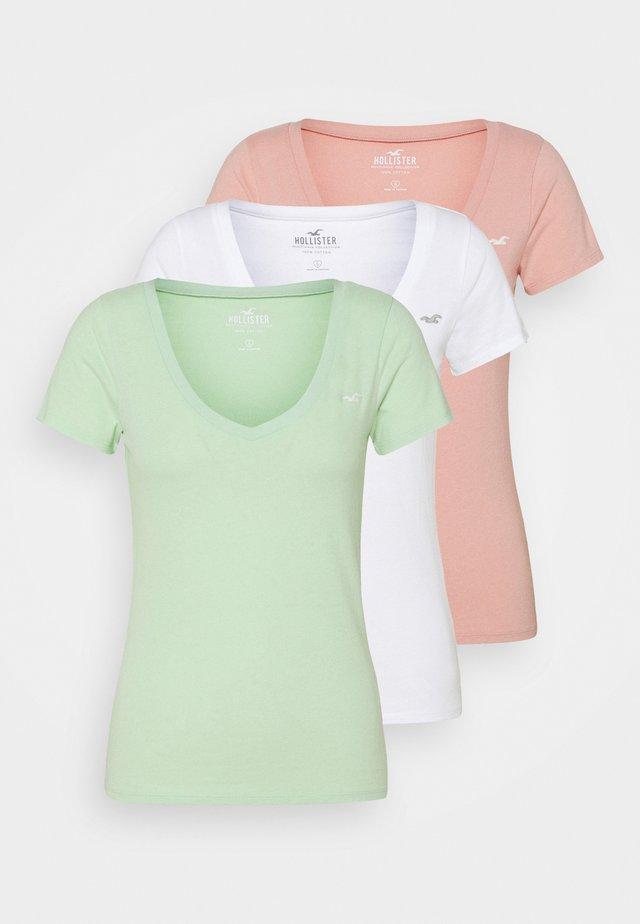 Triko spotiskem - white/pastel green/mellow rose