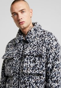 Native Youth - CARRARA JACKET - Kevyt takki - multicolor - 4