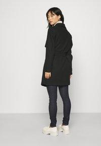 VILA PETITE - VICOOLEY COLLAR BELT COAT - Classic coat - black - 2