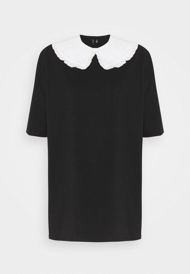 VMINFINITY OVERSIZED COLLAR - Blouse - black/snow white