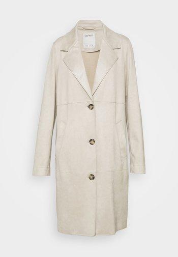 Klasyczny płaszcz - cream beige