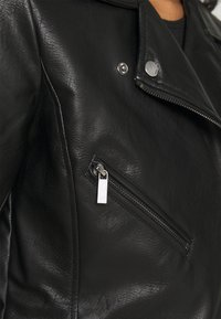 ONLY - ONLENYA BIKER - Chaqueta de cuero sintético - black - 5