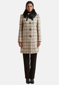 Elena Mirò - CON COLLETTO STACCABILE - Classic coat - beige - 1