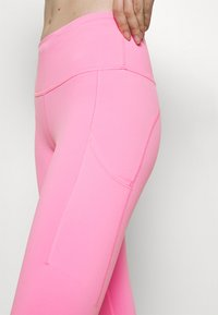 Nike Performance - EPIC LUXE - Tights - pink glow/silver - 3