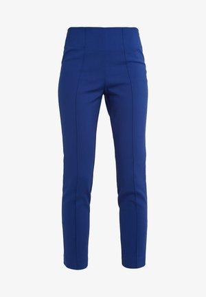 ADELIO - Spodnie materiałowe - ultramarine