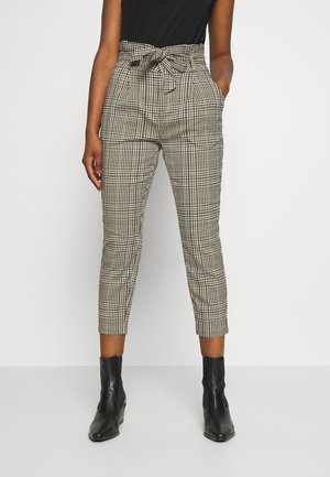 VMEVA PAPERBAG CHECK - Pantalon classique - tobacco brown