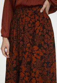 InWear - A-line skirt - cayenne poetic flower - 5