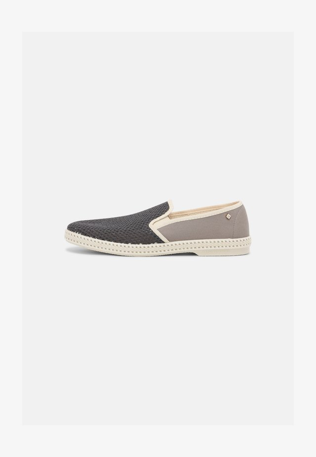 CLASSIC MATCH UNISEX - Loafers - lawson