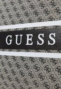 Guess - HANDBAG MONIQUE TOTE - Shopping bag - coal - 4