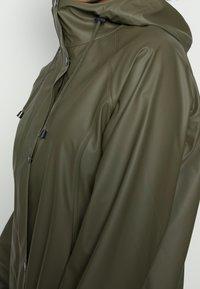 Ilse Jacobsen - RAINCOAT - Vodotěsná bunda - army - 4