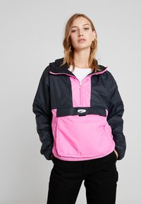 Nike Sportswear - ANORAK - Light jacket - black/china rose - 0