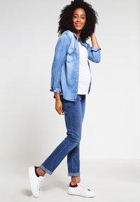 Esprit Maternity - Straight leg jeans - medium wash - 1
