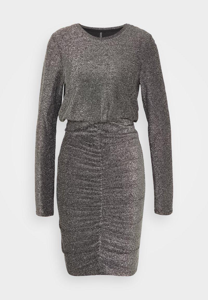 PIECES Tall - PCRINA DRESS - Cocktail dress / Party dress - silver