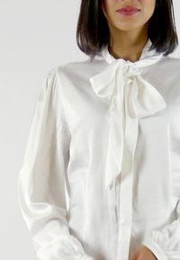Aline Celi - MARI - Button-down blouse - white - 2