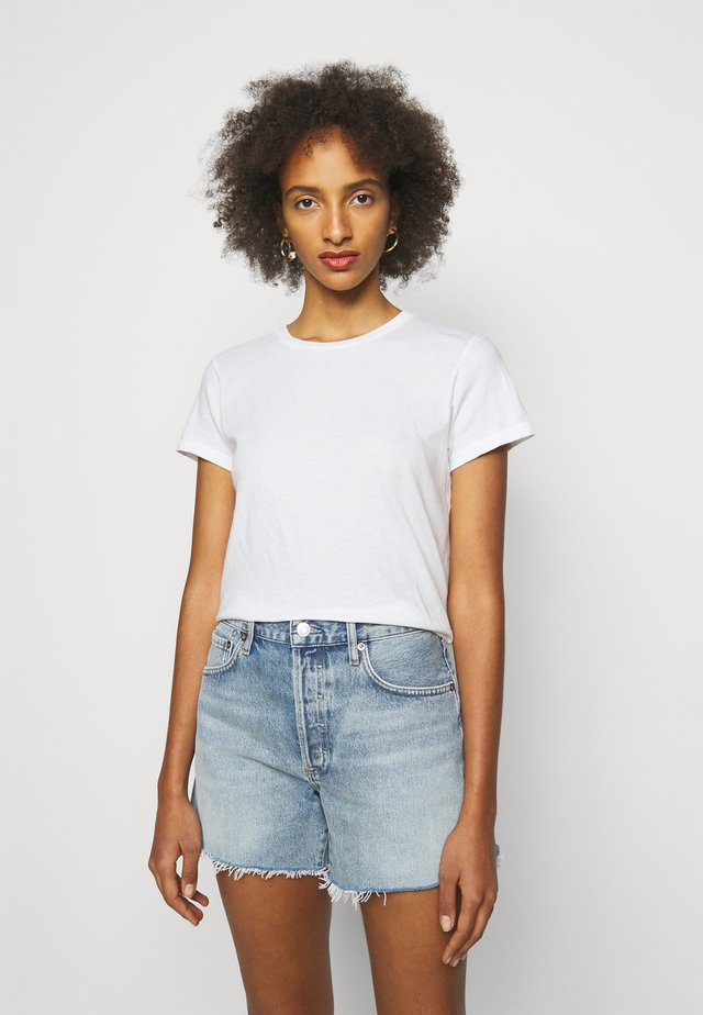 LINDA BOXY TEE - Basic T-shirt - tissue off white