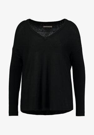 BASIC- SOFT OVERSIZED V-NECK - Strikpullover /Striktrøjer - black