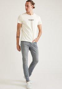 DeFacto - Jeans slim fit - grey - 1