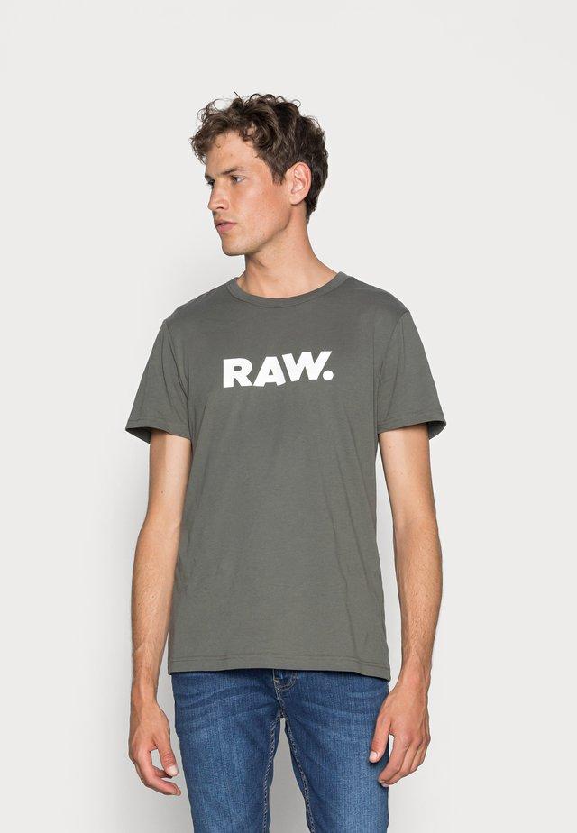HOLORN - Print T-shirt - gs grey